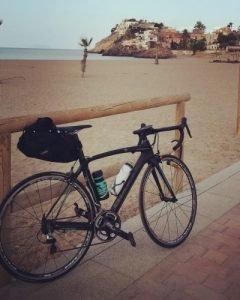 viajar-ligero-bicicleta-carretera